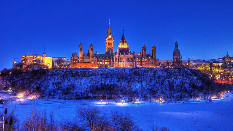 Canada_Parliament_800