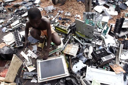 the environmental impact of electronic waste Environmental impacts disposing of waste has huge environmental impacts and can cause serious problems in the uk much is buried in landfill sites - holes in the ground, sometimes old quarries, sometimes specially dug.